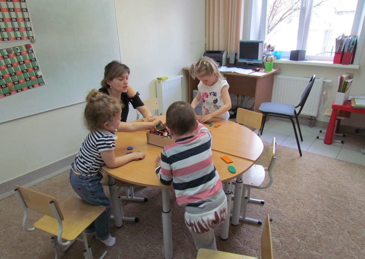 Детская Школа Развития Маленький гений оказываем услуги