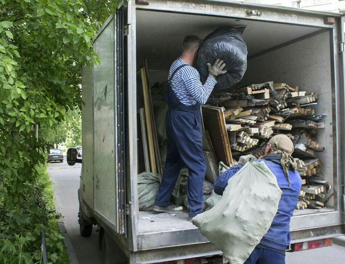Вывоз строительного мусора. Газель. ЗИЛ. Камаз. Гр оказываем услуги